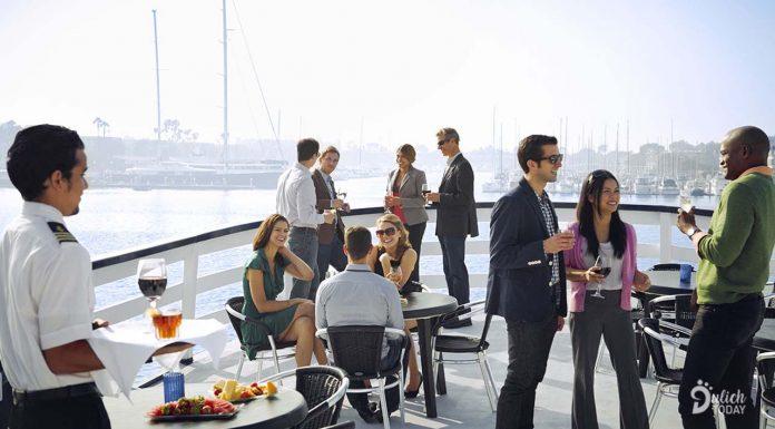 Du lịch MICE là sự kết hợp giữa du lịch và hội nghị, hội thảo, sự kiện, triển lãm
